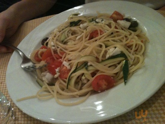 Spaghetti con polpa di branzino