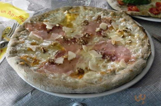 Pizzeria Rosticceria Self Service Jolly Amantea