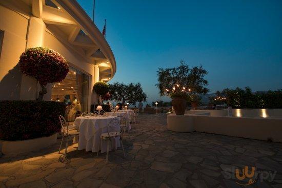Grand Hotel Aminta Dafne Outdoor Restaurant A la Carte