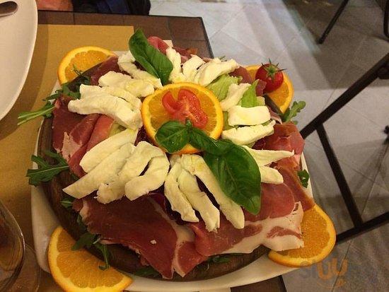 Pizzeria La Smorfia - Salerno