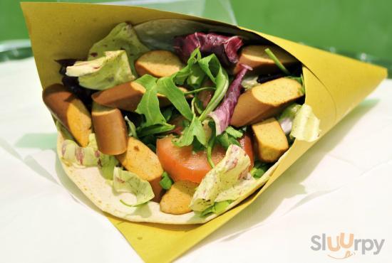 EASY CONO vegano piadina farro, insalata mista , w\u00fcrstel di Tofu