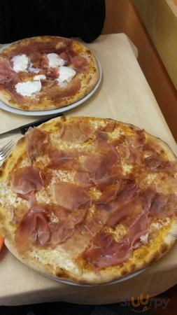 Pizzeria Bella Napoli Di Lucibello Francesco & C. SNC