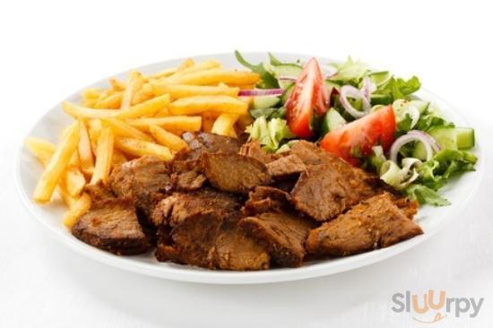 piatto kebab con patata