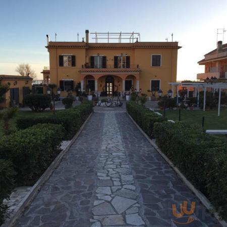 Villa vista dal parcheggio