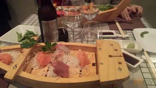 Barca Sashimi + barca Sushi