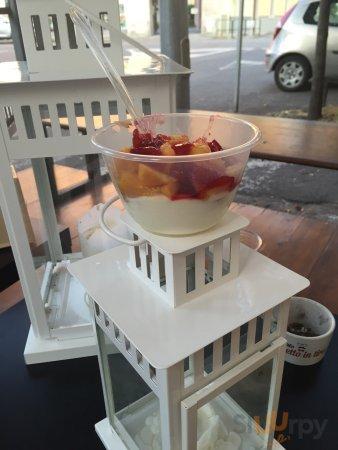 Yogurt con frutta!!!