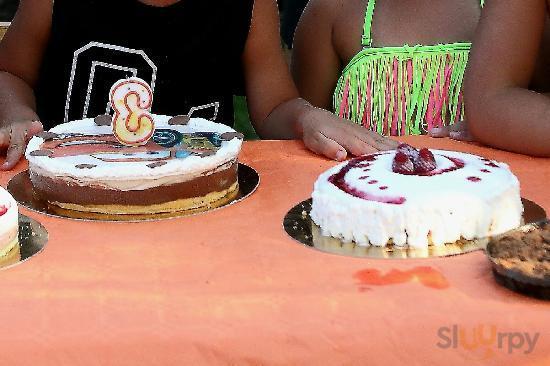 3 Torte gelato per il compleanno di mio figlio Alexis con cialda di Cars ....eccellenti!
