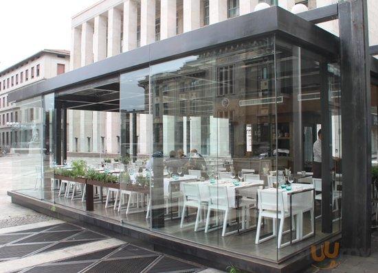 Bobino Bar & Restaurant