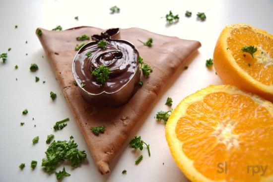 Crêpe impasto al cioccolato e arancia