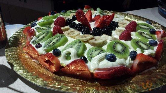 La nostra torta alla frutta senza glutine .