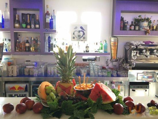Aperitivo fresh fruit