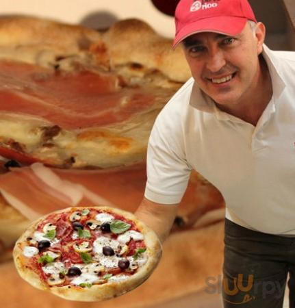 Il mitico artista della pizza!