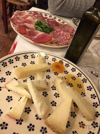 Tagliata L tartufo, antipasto toscano, filetto di manzo
