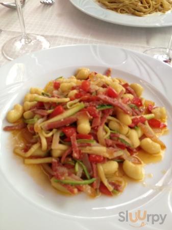 Gnocchi serrano,pomodorini e zucchine