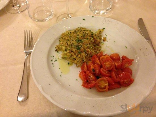 filetto di cernia con gratin di zucchine e pachino