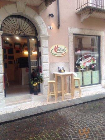 panuozzeria panineria Mordimi Verona