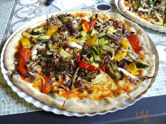 Ottime pizze, simpatia e semplicità! 5 Stelle