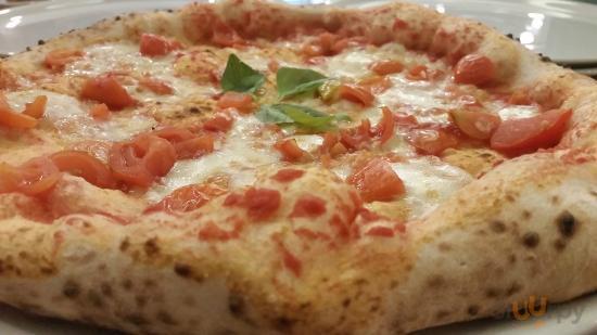 Pizzeria Manuno Jolly