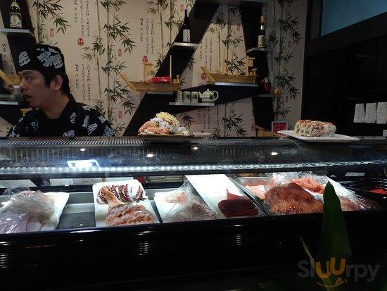 Sushi sashimi e vari piatti