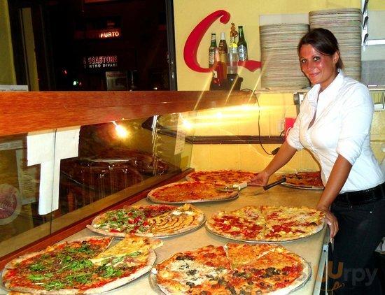 Ivana e le pizze Dima's