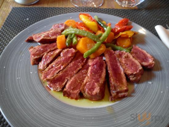 Degusto Enoteca con Cucinea
