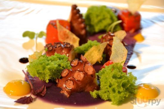 Cafe Les Paillotes Gourmet Restaurant