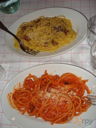 Bucatini amatriciana and apaghetti alla carbonara