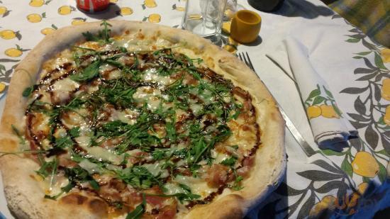 Pizza Vecchia Modena