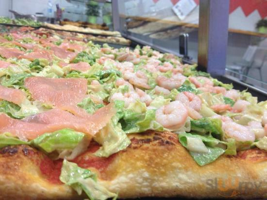 pizza con salmone e gamberetti