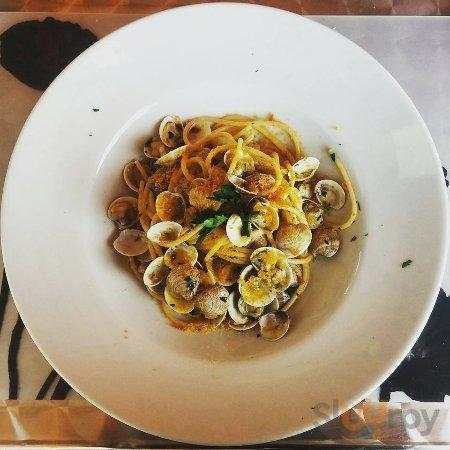 Spaghetto vongole e bottarga di Orbetello