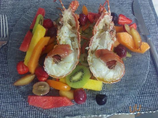 Aragosta con frutta