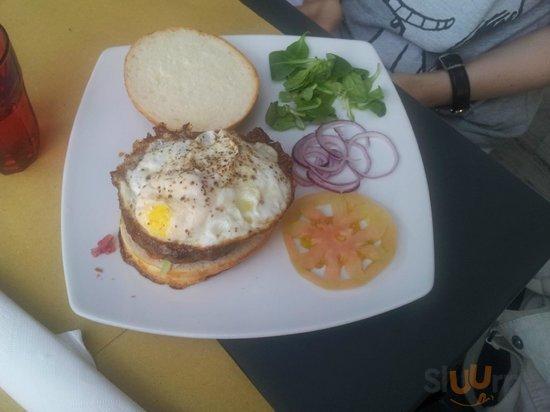 Hamburger LA Burger