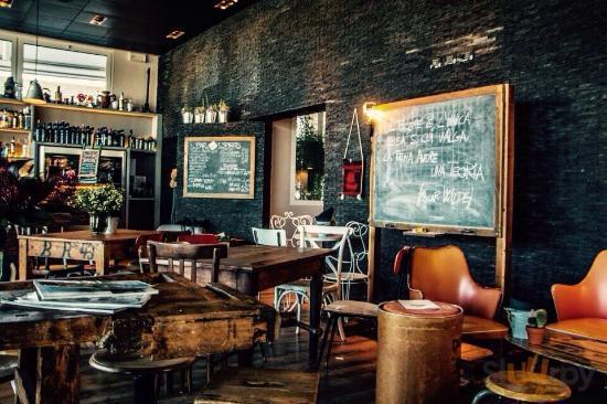 S Club Ravenna Spirits & Soul Food