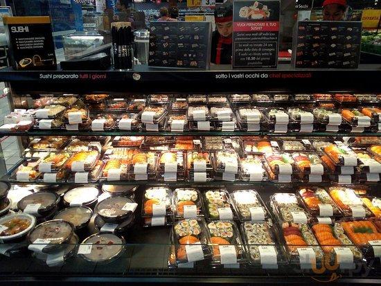 Ottimo Sushi, servizio perfetto, gentilezza  del personale, gradite le degustazioni.