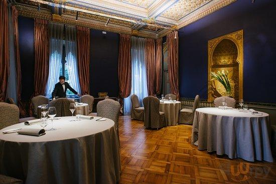 Il ristorante due stelle Michelin dello Chef Antonino Cannavacciuolo