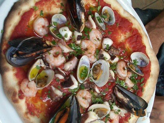 Pizza alle miramare-prettier than it tasted