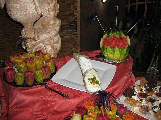 Buffet Di Dolci E Frutta : Il di parkhotels al park hotel la festa del solstizio