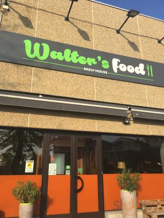 Walter's pub (food - italo/argentino)
