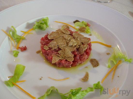 Carne cruda et Tartufo Bianco