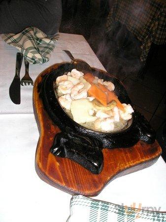 Secondo piatto di pollo con bambù