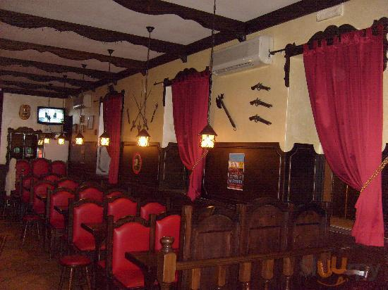 London Tavern Pub-Birreria