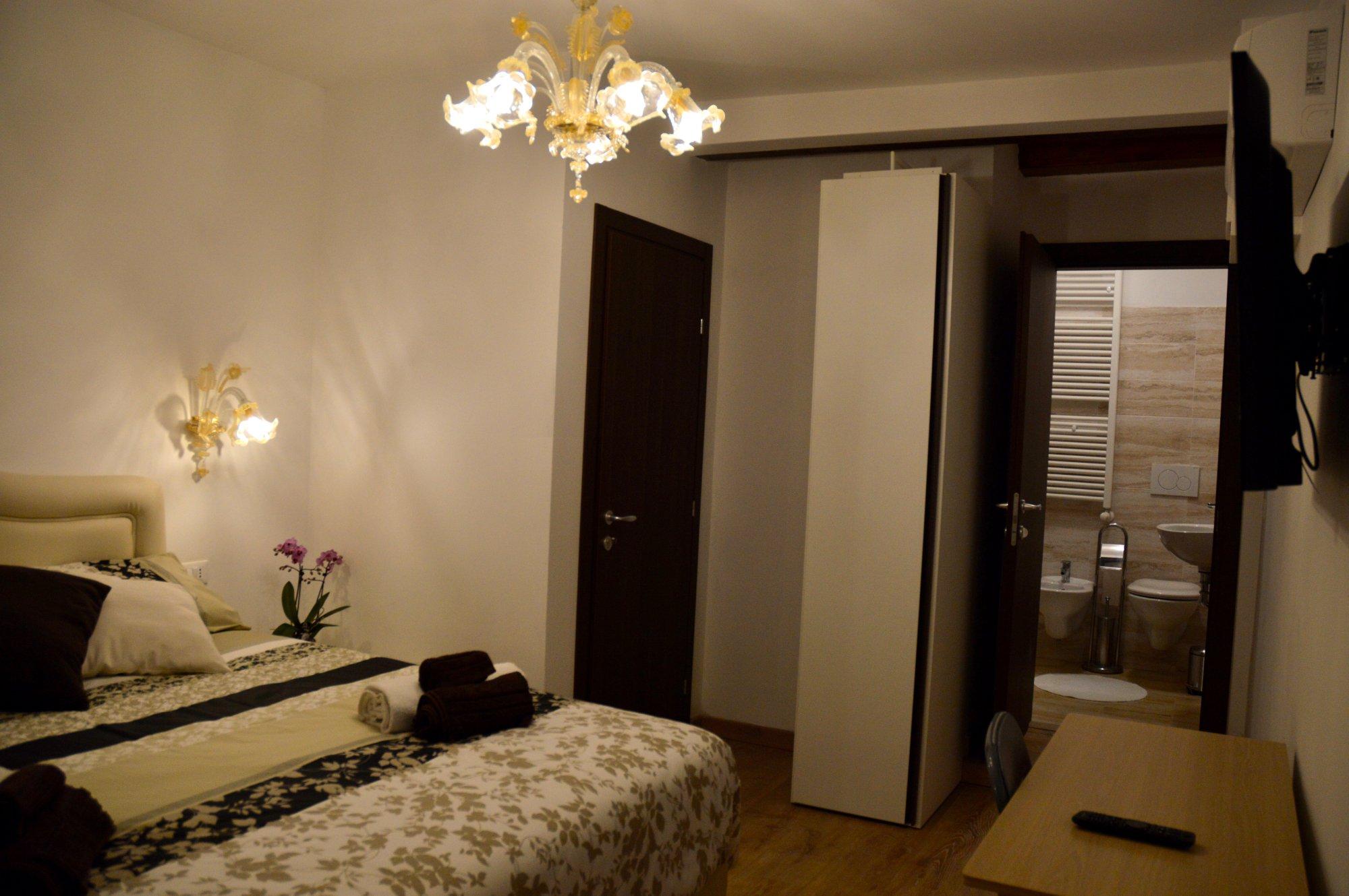 Rialto Suite 707