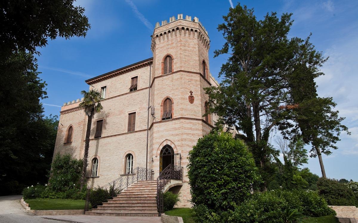 Castello Montegiove Country House