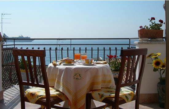 Il girasole b&b a giardini naxos prezzi recensioni ristoranti vicini