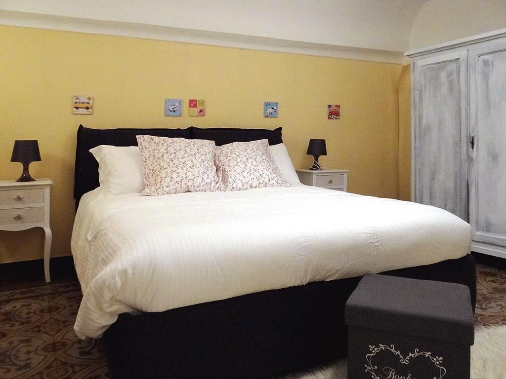 Bed and Breakfast In Villa DMC