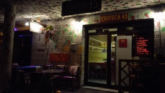 Enoteca45, Castel Volturno