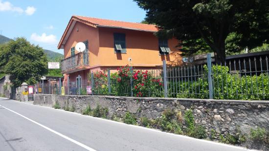 La Baracchetta, Genova