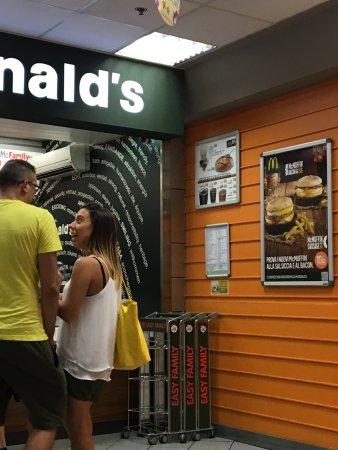 Mcdonald's , Genova