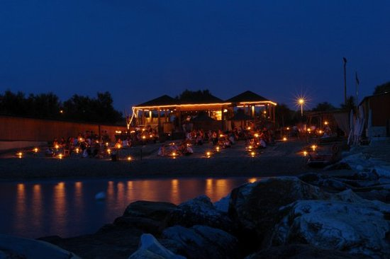 Sunset Cafe, Pisa