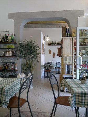 Kiste Pizza E Vino, Pisa